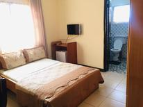Room 1939077 for 3 persons in Accra