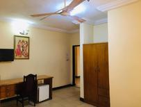 Room 1939078 for 4 persons in Accra