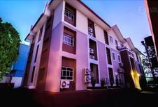 Room 1939344 for 6 persons in Abuja