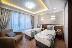 Room 1939422 for 3 persons in Istanbul-Fatih