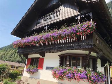 Gemütliches Ferienhaus : Region Partenen für 5 Personen