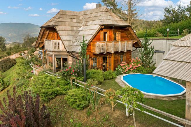 Vakantiewoning met zwembad in Slovenj Gradec
