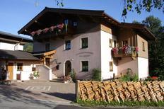 Ferienwohnung 1946095 für 4 Personen in Leogang
