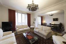 Holiday apartment 1949142 for 6 persons in Paris-Batignolles-Monceaux-17e