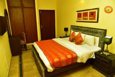 Room 1964991 for 3 persons in Islamabad