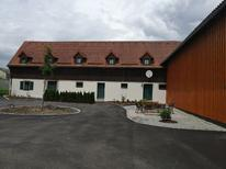 Appartement 2095108 voor 3 personen in Chodovská Hut