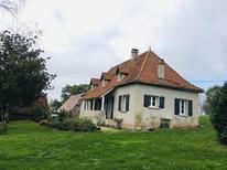 Vakantiehuis 2103111 voor 5 personen in Mayrinhac-Lentour