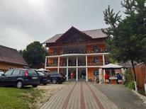 Vakantiehuis 2103555 voor 30 personen in Crișan
