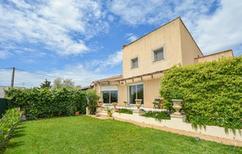 Vakantiehuis 2103735 voor 4 personen in Arles