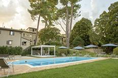 Vakantiehuis 2103826 voor 48 personen in San Severino Marche