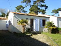 Holiday home 2106083 for 4 persons in Dolus-d'Oléron