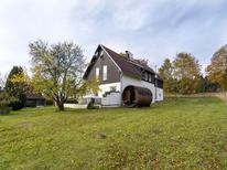 Vakantiehuis 2107237 voor 10 personen in Kraslice