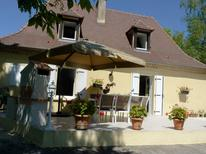 Casa de vacaciones 2107622 para 7 personas en Cendrieux