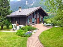 Vakantiehuis 2108970 voor 10 personen in Fiesch