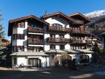 Ferienwohnung 2109035 für 5 Personen in Zermatt
