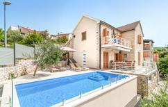 Holiday home 2110934 for 8 adults + 2 children in Splitska