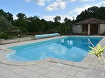Holiday home 2111265 for 10 persons in Agonac
