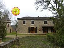 Ferienhaus 2111873 für 6 Personen in Albas