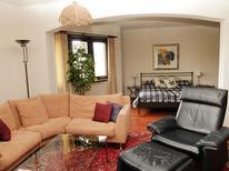 Appartement 2113093 voor 5 personen in Piazzogna