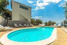 Vakantiehuis 2115703 voor 22 personen in Puharići bij Makarska