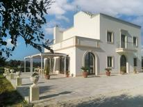 Holiday home 2115795 for 12 persons in Aradeo