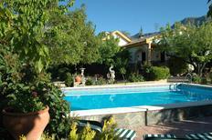 Vakantiehuis 2117808 voor 6 personen in Torres