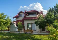 Rekreační dům 2118738 pro 8 osob v Lički Osik