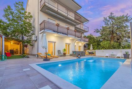 Für 10 Personen: Hübsches Apartment / Ferienwohnung in der Region Primorje-Gorski