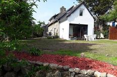 Holiday home 2120854 for 4 adults + 2 children in Crozon