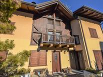 Holiday apartment 2123158 for 7 persons in Almazzago