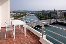 Ferienwohnung 2123508 für 4 Personen in Donostia-San Sebastián