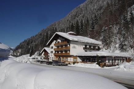 Für 4 Personen: Hübsches Apartment / Ferienwohnung in der Region Partenen