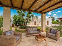 Casa de vacaciones 2128762 para 8 personas en Ceglie Messapica