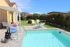 Holiday home 2128948 for 5 persons in Capezzano Pianore