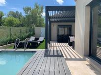 Vakantiehuis 2131076 voor 6 personen in Arles