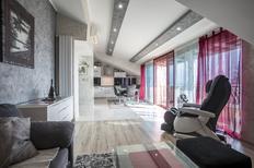 Ferienwohnung 2132517 für 6 Personen in Split