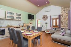 Appartement 2133462 voor 8 personen in Jelsa
