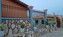 Room 2137804 for 2 persons in Koforidua