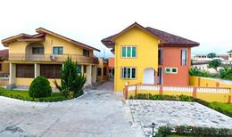Room 2137814 for 2 persons in Koforidua
