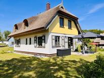 Ferienhaus 2143455 für 2 Erwachsene + 2 Kinder in Putbus auf Rügen OT Pastitz