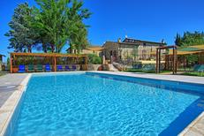 Vakantiehuis 2147086 voor 18 personen in San Quirico d'Orcia