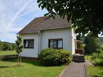 Vakantiehuis 215155 voor 4 personen in Wallenborn