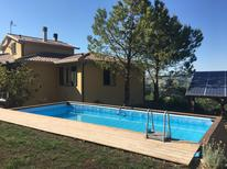 Vakantiehuis 2151664 voor 10 personen in San Severino Marche