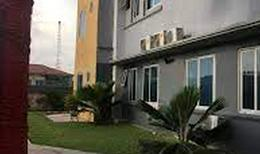 Room 2158526 for 2 persons in Accra