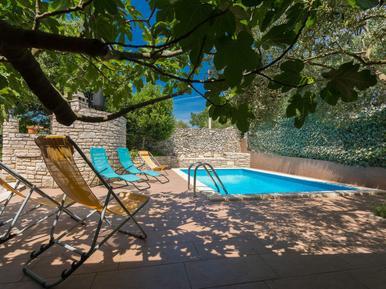 Gemütliches Ferienhaus : Region Istrien für 5 Personen