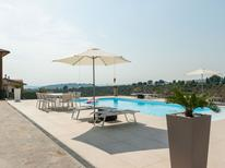 Holiday home 2175624 for 12 persons in Pescara