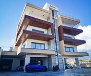 Ferienwohnung 2176482 für 4 Personen in Agios Athanasios