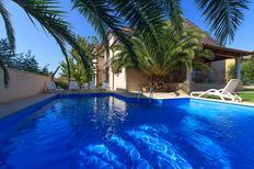 Casa de vacaciones 2185756 para 15 personas en Banjole