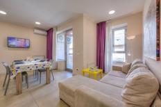 Ferienwohnung 2187288 für 4 Personen in Catania