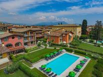 Appartement 224330 voor 6 personen in Moniga del Garda